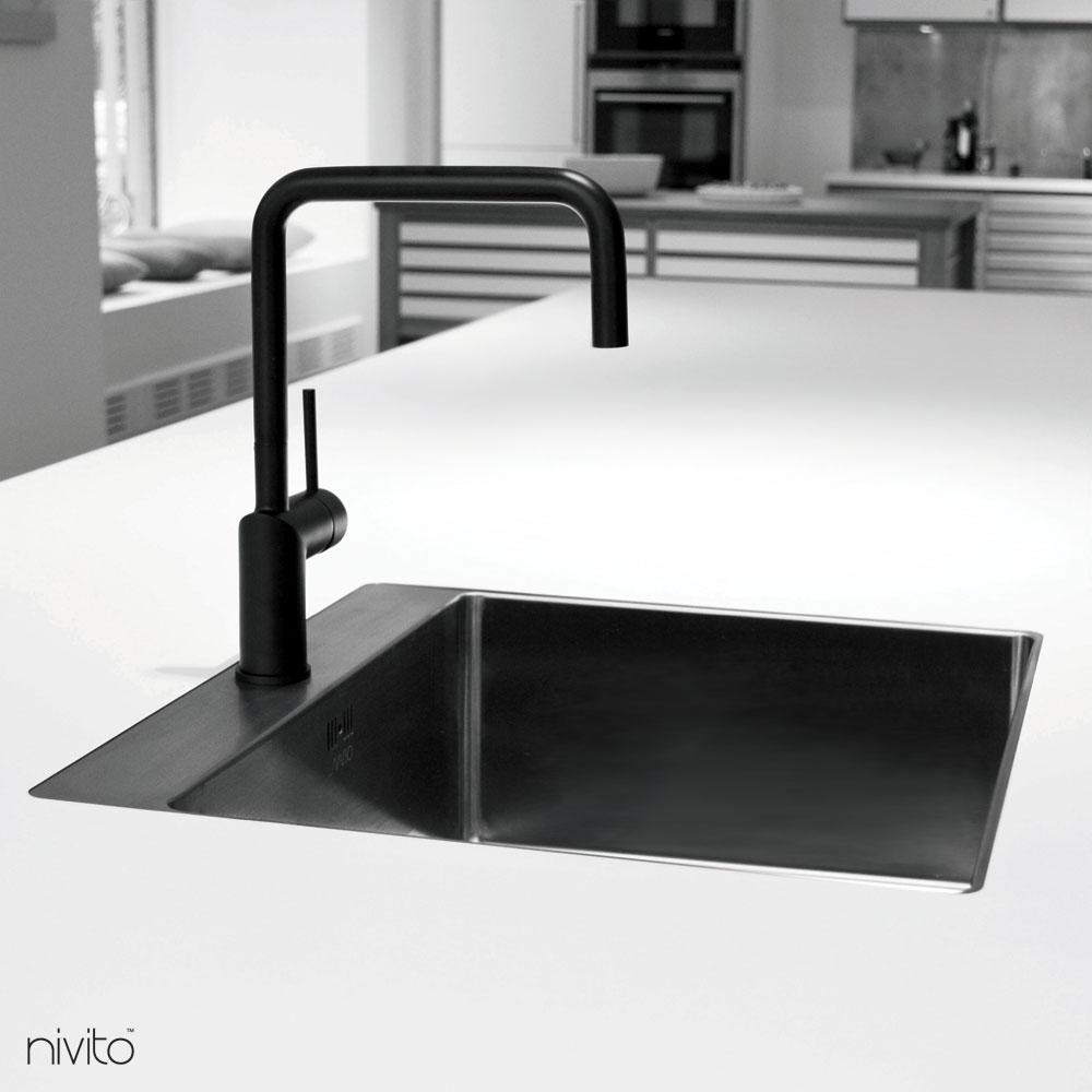 Svart Blöndunartæki Krani - Nivito 1-RH-320