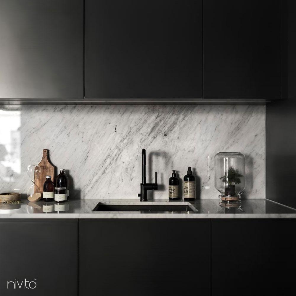 Svart Eldhús Krani - Nivito 8-RH-320